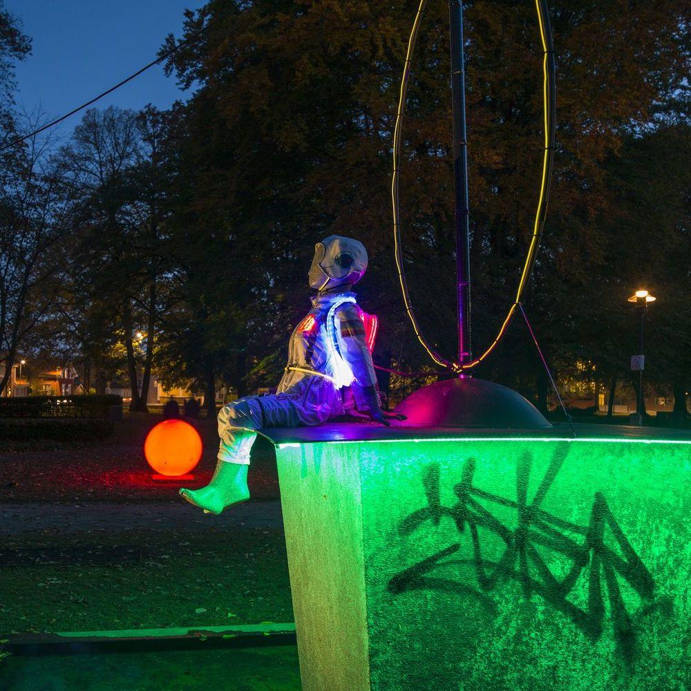 Barnens Lights Plantaget, Vila på månen och lek bland stjärnorna
